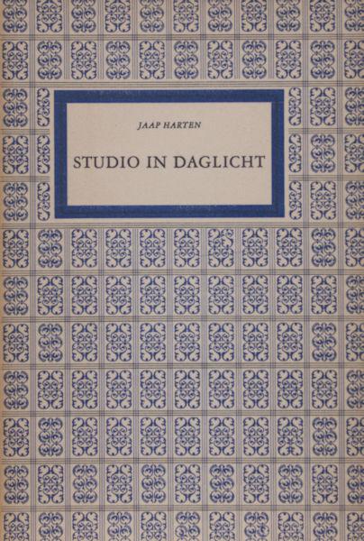 Harten, Jaap. Studio in daglicht.